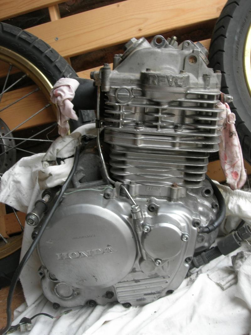 Transformer un NX650 en scrambler Dscn2511