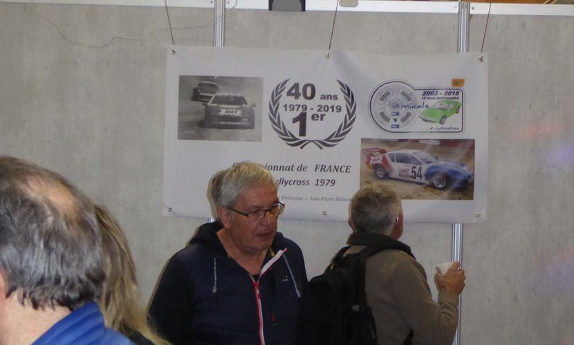 Avignon  petit tour sur le stand des 4 cylindres P1080412