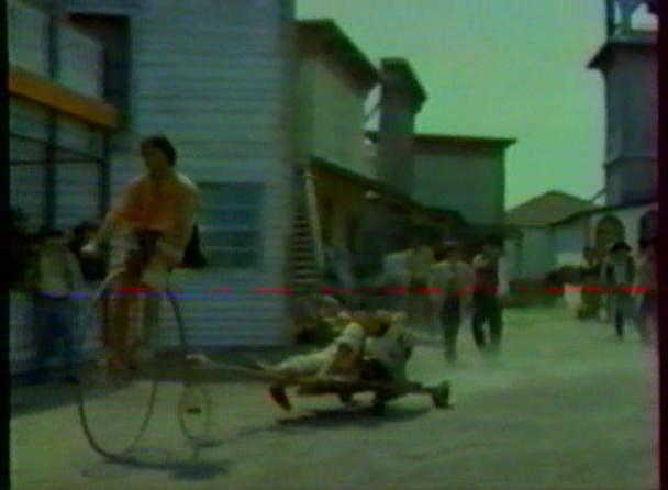 Le vélo... dans le western ! Cc_bmp10
