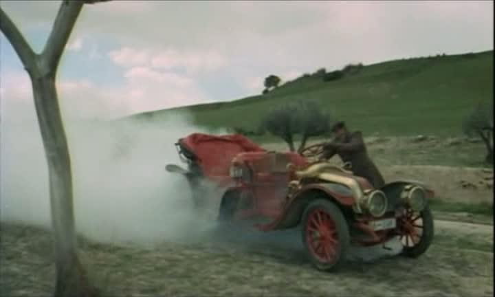 Les automobiles...dans le western. Vlcsna50