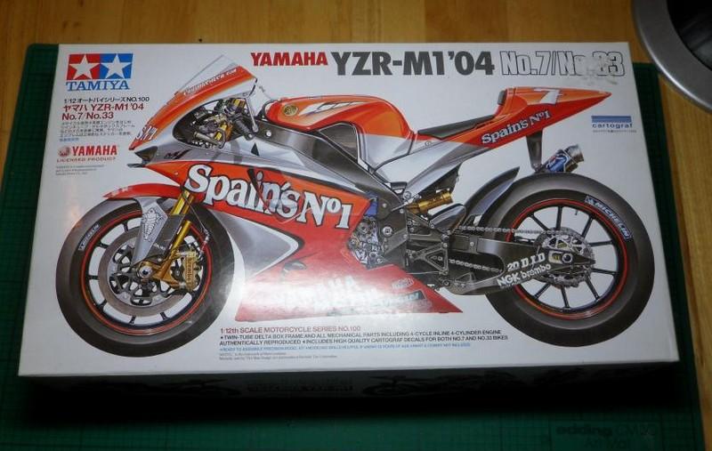 yamaha M1 2004 team tech 3/fortuna Sam_5110