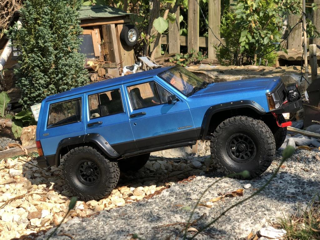 Mon Cherokee xj sur base scx10 2 15f06610