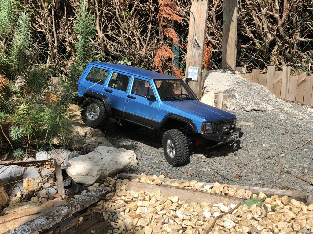 Mon Cherokee xj sur base scx10 2 7b088a10