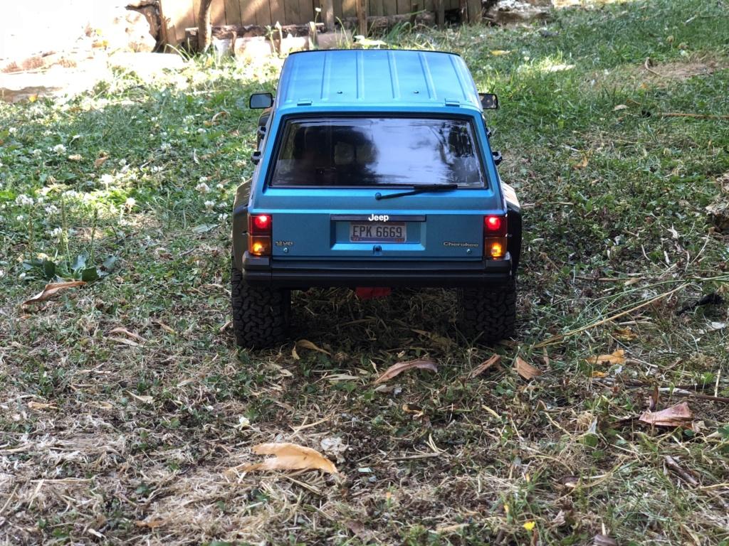 Mon Cherokee xj sur base scx10 2 893d9510