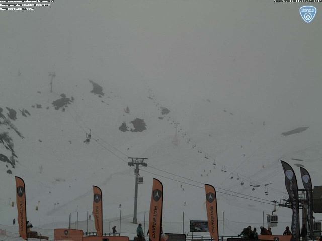 Fermeture domaines skiables, fin de saison d' hiver  Agm-vu10