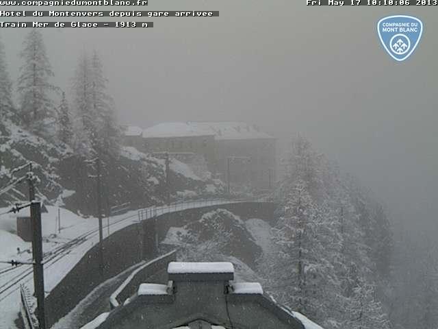 Observations neige dans le massif et la vallée - Page 6 Cmm1vu10