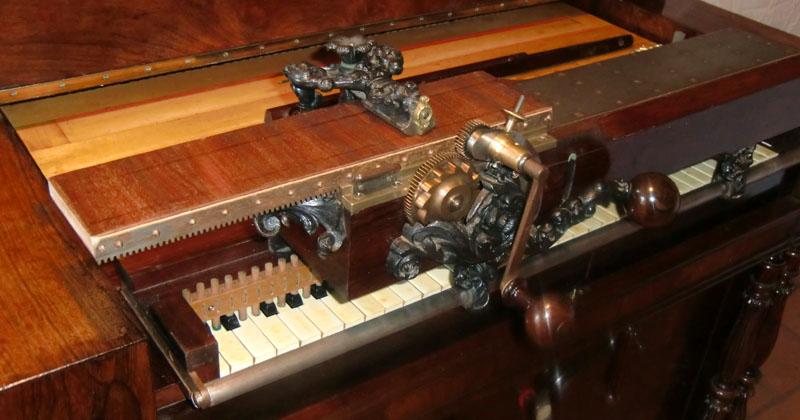 Harmonicorde et antiphonel Debain de 1863 Cimg5014