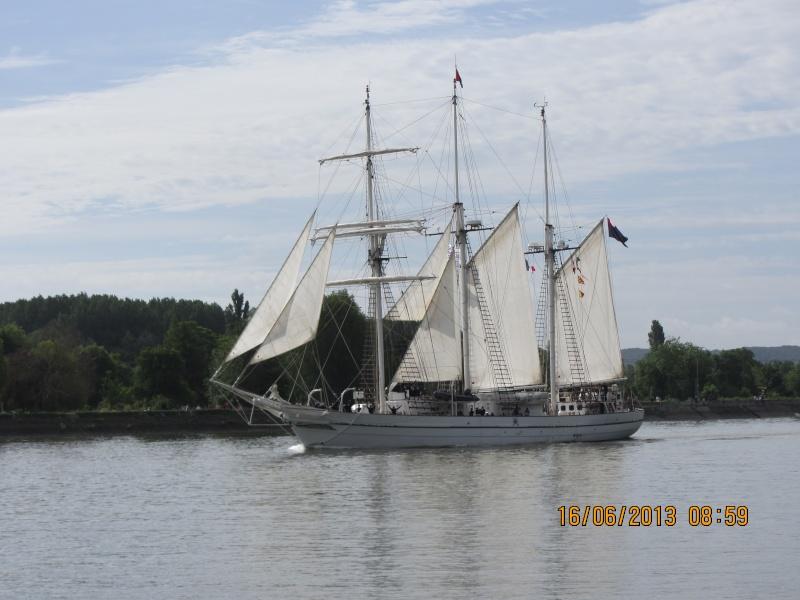 Vos photos de l'armada Img_0512