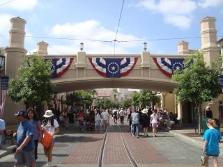 Vos plus belles photos de Disneyland Resort - Page 3 Dsc00311