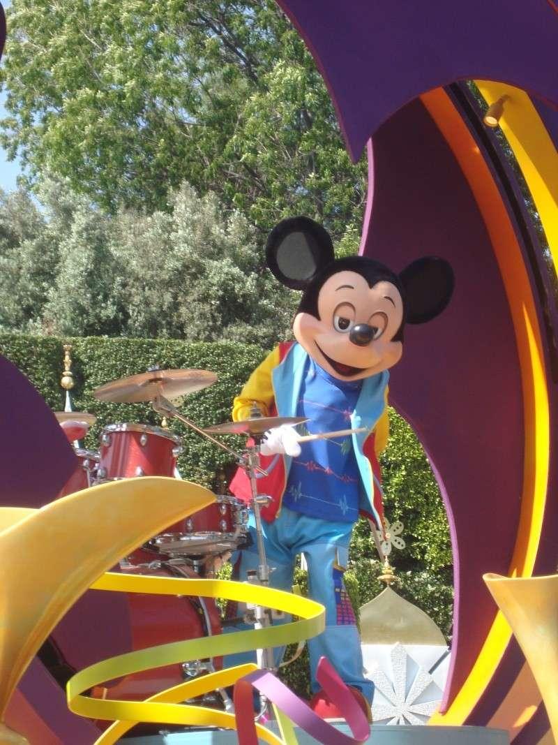 Vos plus belles photos de Disneyland Resort - Page 4 Dsc00412
