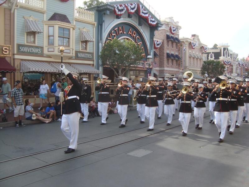 Vos plus belles photos de Disneyland Resort - Page 4 Dsc00413