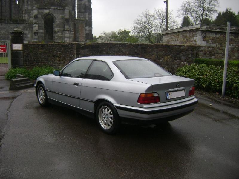 BMW 320i Coupé e36 de 1997 Dsc00617