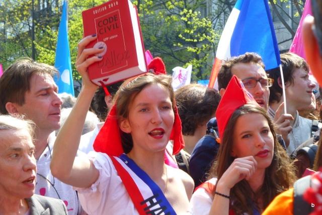 Vive la vraie France ! Barjot13
