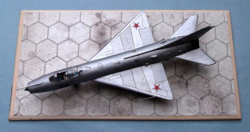 Sukhoi Su9 - Cooperativa - 1/72  Dscf8010