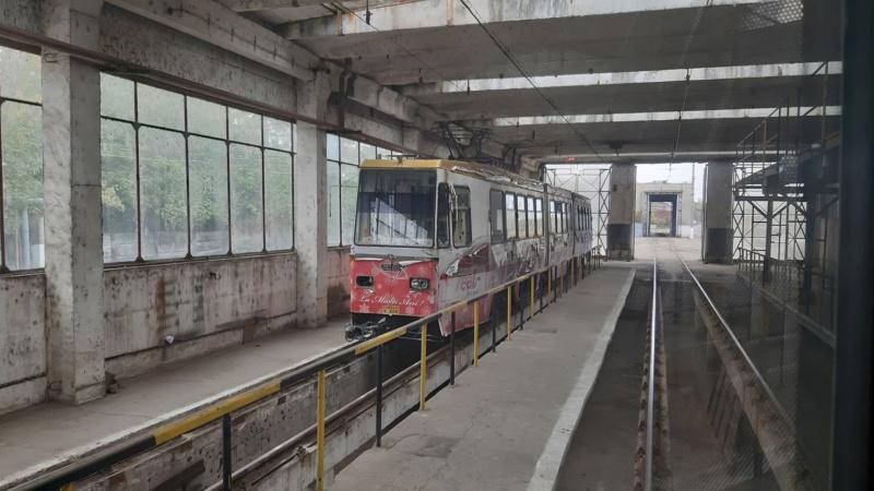 Salvarea ultimelor vehicule istorice de transport public electric din Ploiești 73188410