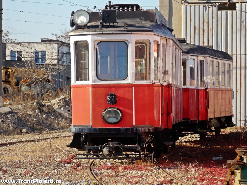 Salvarea ultimelor vehicule istorice de transport public electric din Ploiești Dscn1310