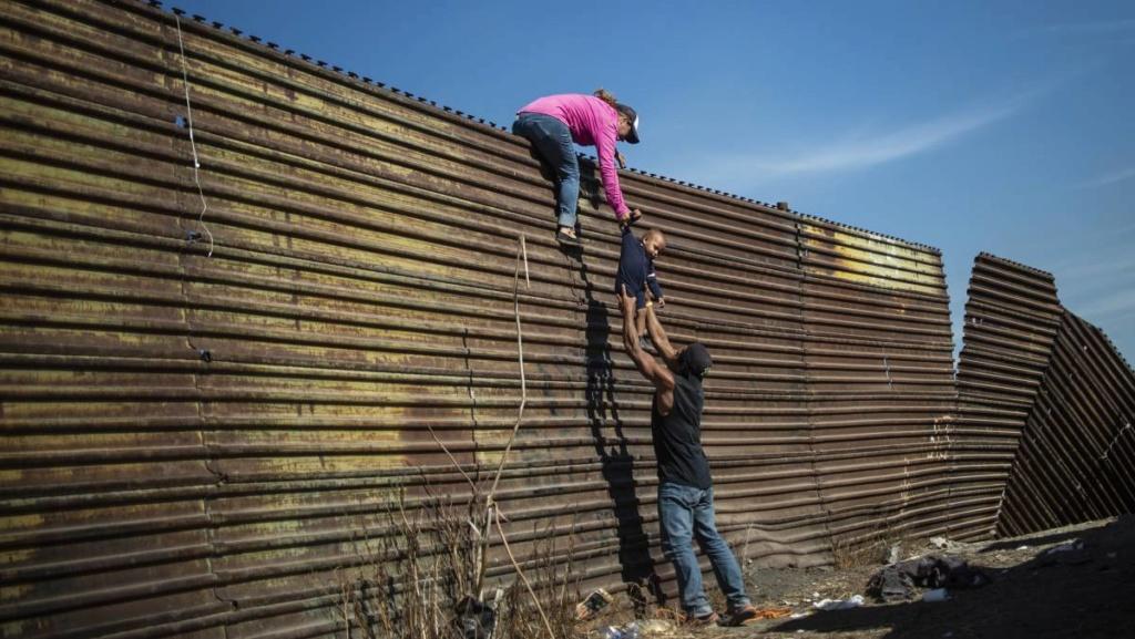 Muros y vallas contra entrada de trabajadores inmigrantes 15431810