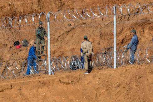 Muros y vallas contra entrada de trabajadores inmigrantes 15541410