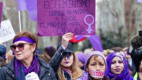 Mujeres burguesas y obreras, feminismo, capitalismo, derechos, subordinaciones, violencias, división del trabajo, ambicione$. - Página 9 5ab10610