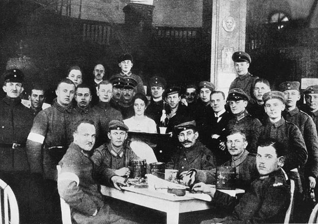 Parlamento, socialismo, violencia, Rosa Luxemburgo.La  contrarrevolución  en Alemania,   1918-19 _1051410