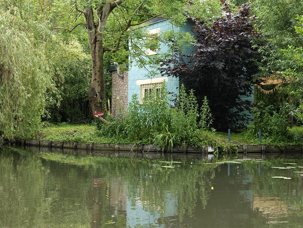 Amiens, les Hortillonnages, maison bleue Amiens10