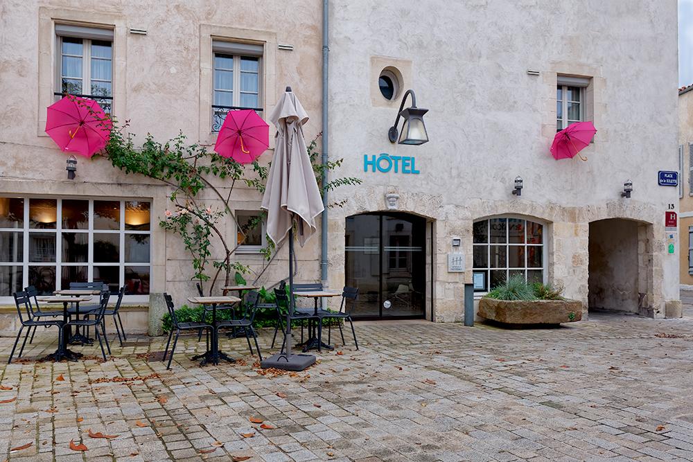 Octobre rose place de la Solette, La Rochelle Octobr10