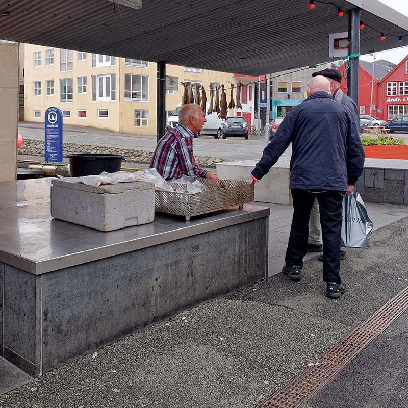 [Instants_de_vie_et_rue] Torshavn, habitants P1040811