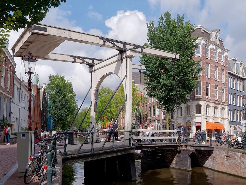 [Architecture_et_Graphisme] Amsterdam, pont à bascule P1050219