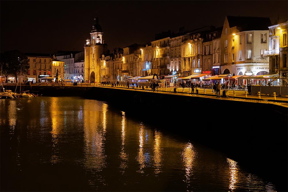 [Architecture_et_Graphisme] La Rochelle de nuit 2 P1060113