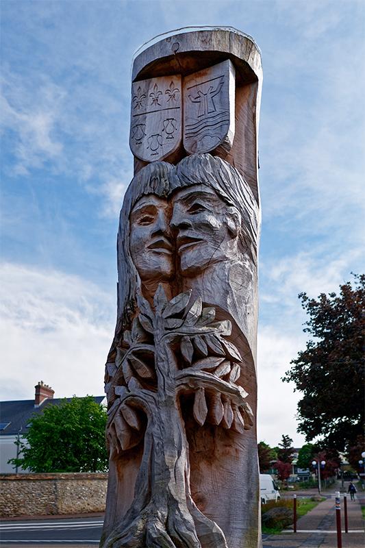 [Inclassables] sculpture de l'amitié Franco-Allemande, Dourdan P1070613