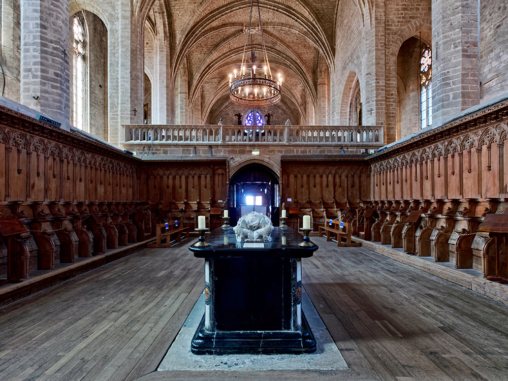 Abbaye de La Chaise-Dieu, tombeau P1090029