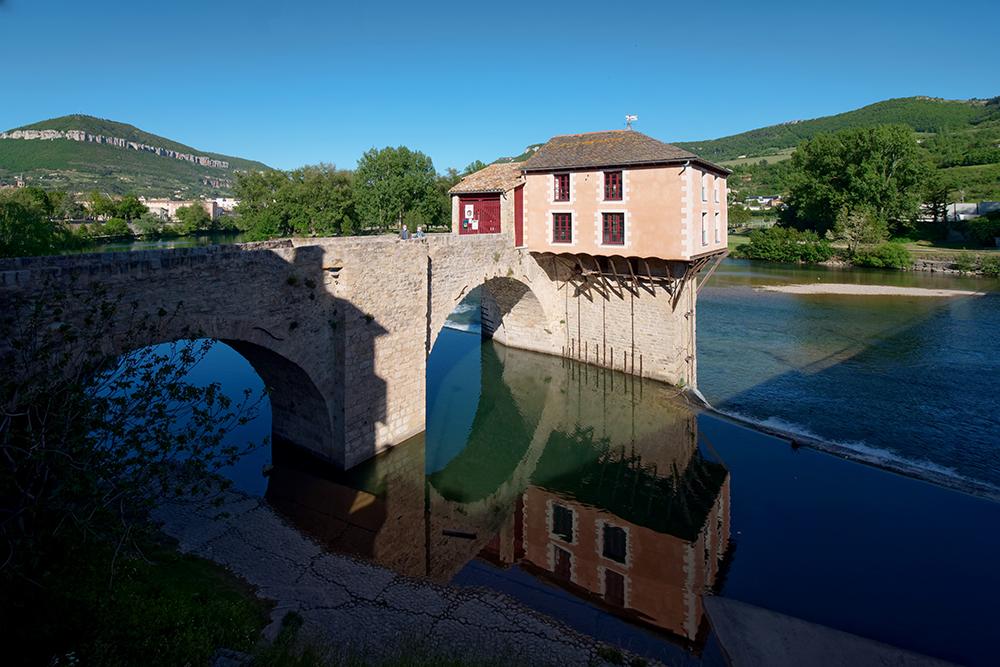 [Architecture_et_Graphisme] Le Pont Vieux et son moulin, Millau P1110910