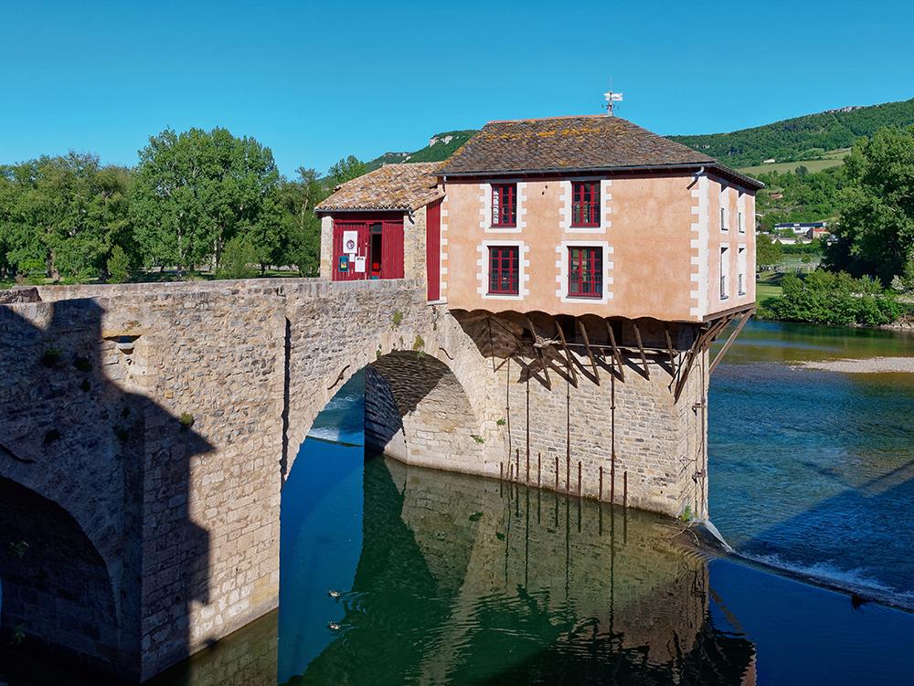 [Architecture_et_Graphisme] Le Pont Vieux et son moulin, Millau P1110911