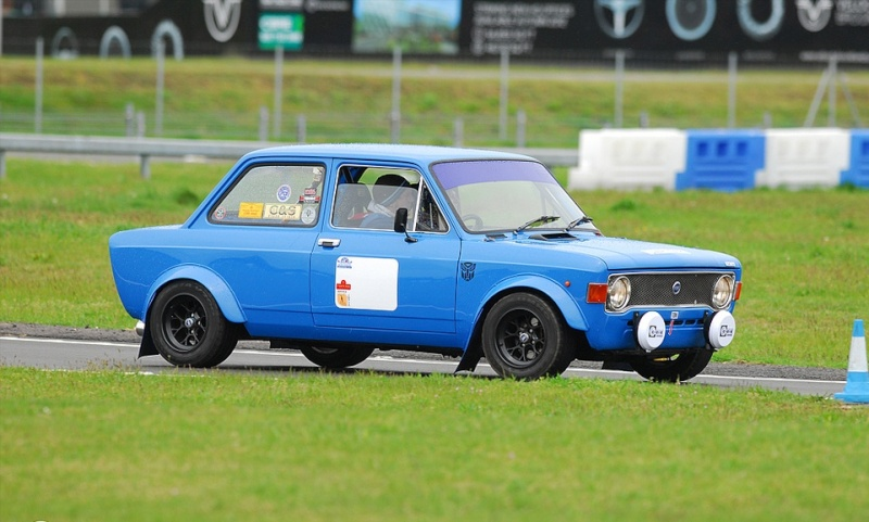 fiat 128 1300 cc special - Page 4 Fiat_111