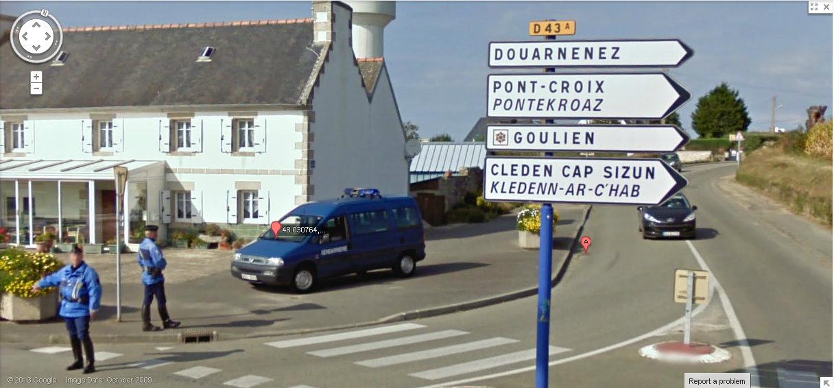 STREET VIEW : Google car arrêtée par la Gendarmerie Sv10