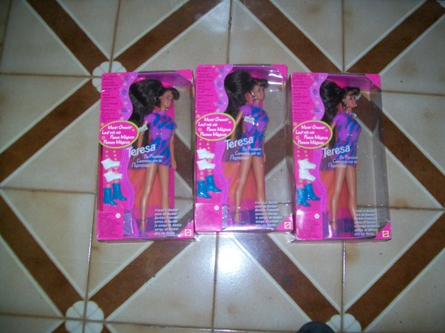 vendo 3 barbie teresa  100_3720