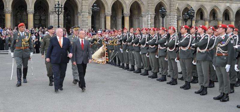 Armée autrichienne / Austrian Armed Forces / Österreichisches Bundesheer  - Page 3 Aut110