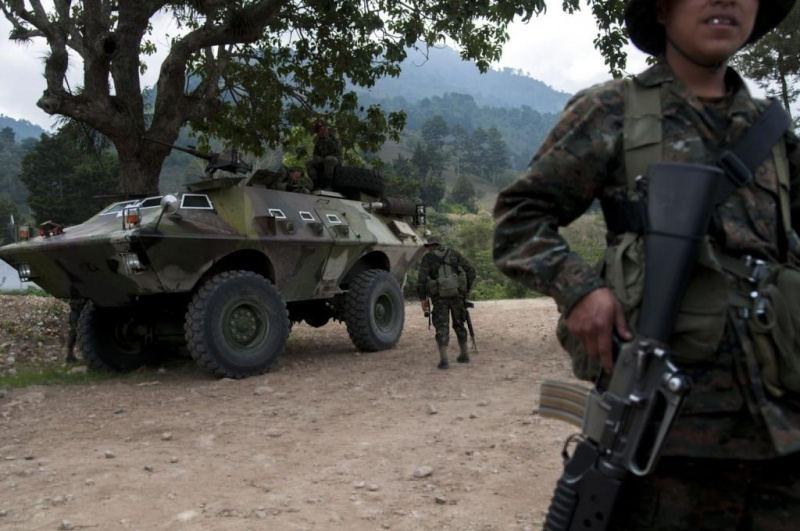 Les forces armées du Guatemala / Military of Guatemala / Ejército de Guatemala Ga210