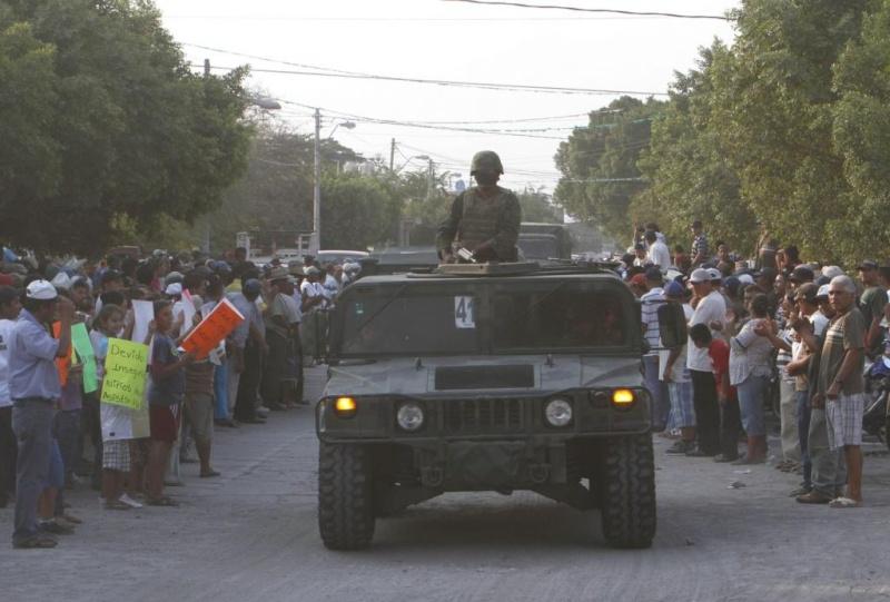 Armée Mexicaine / Mexican Armed Forces / Fuerzas Armadas de Mexico - Page 5 Mex110