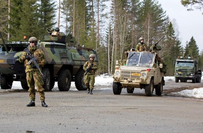 Armée norvegienne/Norwegian Armed Forces - Page 6 Norv1_10