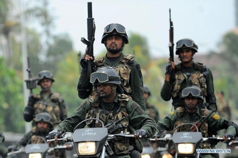 armée Sri-lankaise / Sri Lanka Armed Forces - Page 2 Sri3_b10