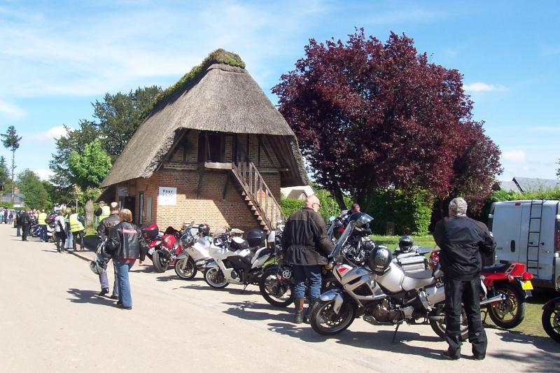 2eme rassemblement moto Normand de par chez nous ;-) - Page 2 2003-015