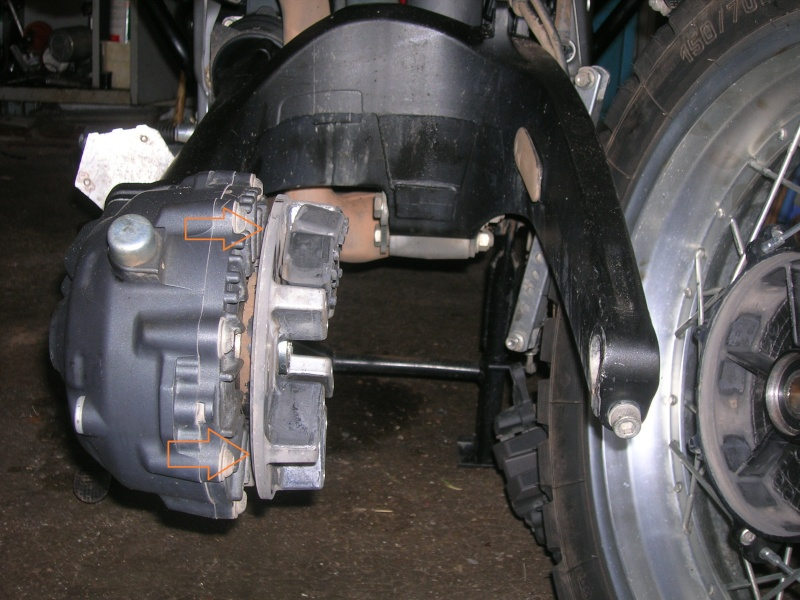 Démontage roue avant ET roue arrière ST 1200 en photos 00212