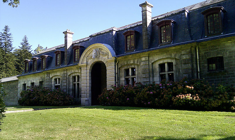 Le Château de Trévarez 800px-10