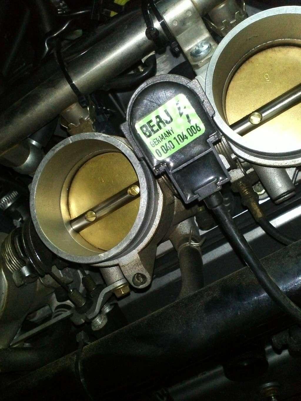 TUTO Démontage : Réservoir, Boite à air, Filtre à air, Bobines, Bougies...trek 899 Img28711