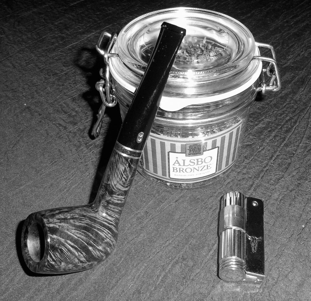 10 décembre, pour la Saint Romaric, du tabac plein nos barriques !  000410