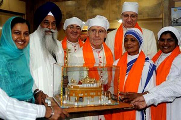 La secte et les hindous 445_ta10