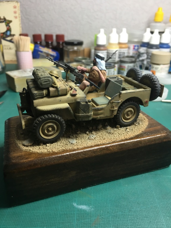 Jeep S.A.S TAMIYA 1/35 déja bien avancée. Img-0911