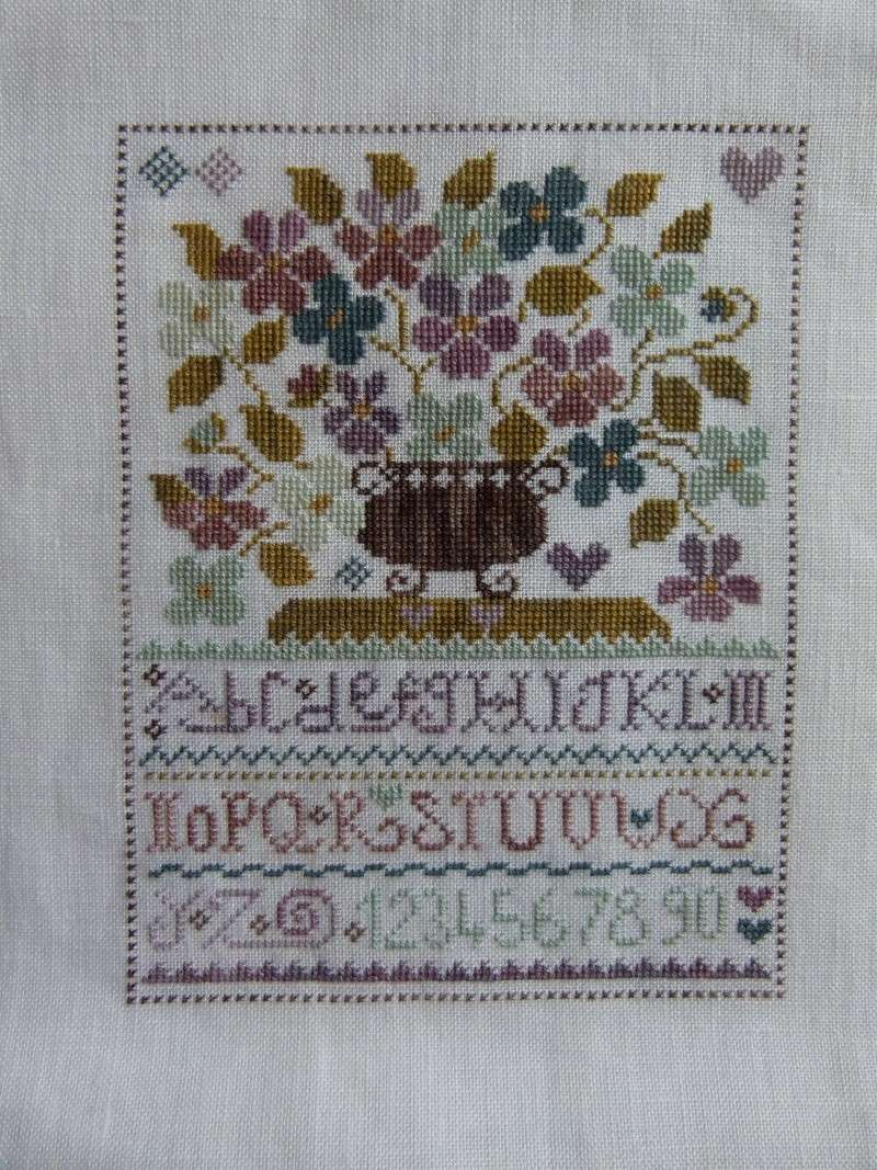 SAL Sauvage Tralala Bouquet Violettes et Myosotis - Page 14 412