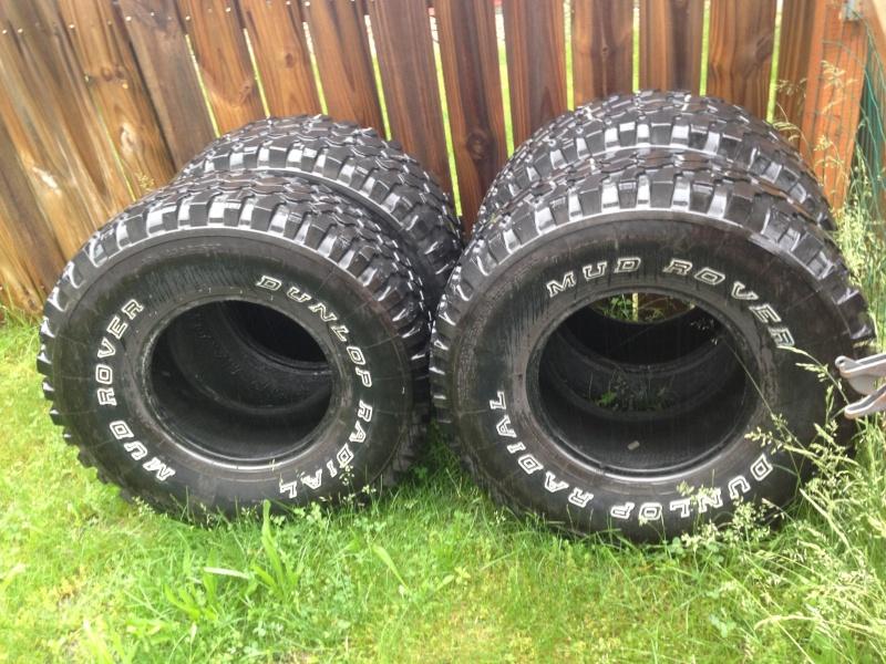 4 dunlop mud rover 33x12.50x15 Image210
